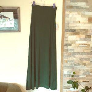 LuLaRoe Solid Green Maxi Skirt